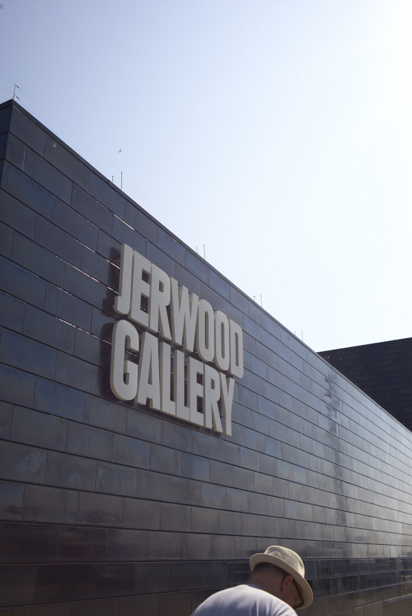 hastings_jerwood_gallery_hastings_L1004198.jpg